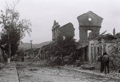 """Báo Quân đội nhân dân đăng """"4 giờ 17 phút ngày 17/2/1979, giữa lúc nhân dân Hoàng Liên Sơn đang ngủ ngon thì bất thình lình hàng loạt đạn đại bác từ phía Bắc giội tới làm khắp biên giới bốc lửa ngùn ngụt. Hàng loạt quả đại bác thi nhau trút xuống thị xã Lào Cai, Cốc Lếu, nhằm thẳng các cơ quan, nhà máy…"""". Các tỉnh nằm trong vòng chiến sự gồm Lai Châu, Lào Cai, Hà Giang, Cao Bằng, Lạng Sơn, Quảng Ninh."""