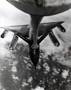 "Convair B-58 ""hustler"" bomber aerial refuel photo"
