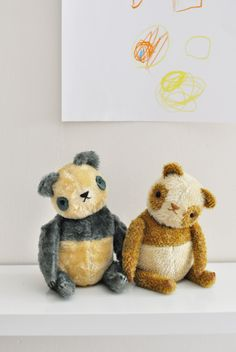 How adorable are these #handmade #teddybears the perfect #chritstmas gift for a little one http://polkadotclub.com/about-the-club/concept/