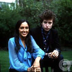 #Sixties | Bob Dylan and Joan Baez, by Dezo Hoffmann