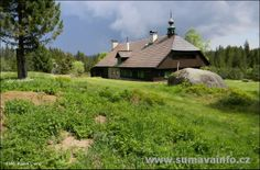 🏁 Rally Šumava Klatovy informace a harmonogram Magical Forest, Mountain Range, Pine Cones, Cabin, European Countries, Czech Republic, House Styles, Southern, Beautiful