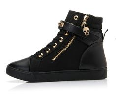 - Cool casual rebel sneakers for that fresh look - Side zipper for style and easy eaccess - Ankle velcro strap with studs for extra support - Trendy skull charm - Made from canvas and PU - Rubber sole