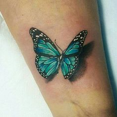 Blüte und Schmetterling Monarch Tattoo – Monarch Schmetterling Tattoos – Schmetterling Tattoos – Crayon - Famous Last Words Realistic Butterfly Tattoo, Butterfly Tattoos Images, Butterfly Tattoo Cover Up, Butterfly Makeup, Butterfly Tattoo On Shoulder, Butterfly Tattoo Designs, Tattoo Designs For Women, Tattoo Images, Semicolon Butterfly