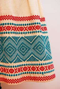 Vintage 1970s / Mexican embroidery.  Wow, isn't this gorgeous?  It's beautifully done in great colors.  The skirt sold on Etsy in Feb.