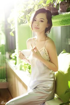 dorotea single asian girls Find your asian beauty at the leading asian dating site with over 25 million members join free now to get started.