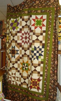 Little Quilts Blog: 2014 Second Saturday Sampler -  part 4 - GRAND FIN...