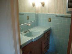 tile color for front bathroom?
