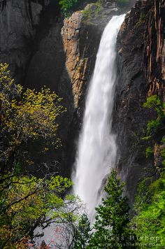 Lower Yosemite Fall, Yosemite National Park, California / © Russ Bishop ~ Click image to purchase a print or license
