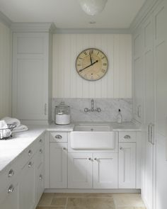 Dreamy Laundry Room Inspiration to Re-imagine a Timeless Tranquil Design! - Hello Lovely Classic English country dreamy laundry room inspiration with pale colors and a serene mood. Home, Farmhouse Kitchen, Room Inspiration, Laundry, Laundry Room Inspiration, New Homes, House, Room Design, Farmhouse Sink