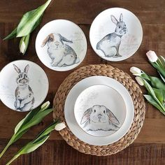 These adorable bunnies are perfect for a set of salad plates, and @_katja3_ found the perfect way to show them off.  Get your own set of these salad-loving cuties via the Like2b.uy/Pier1 link in our profile.  #pier1love #easter #bunniesofinstagram