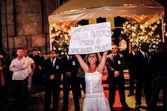 13 de julho, manifestação em frente ao casamento de Beatriz Barata, neta de um dos magnatas do ônibus, Jacob Barata