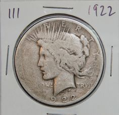 1922 PEACE SILVER DOLLAR  Designer: Anthony de Francisci  CIRCULATED !!! FULL OF CHARACTER !!! COLLECTABLE !!!