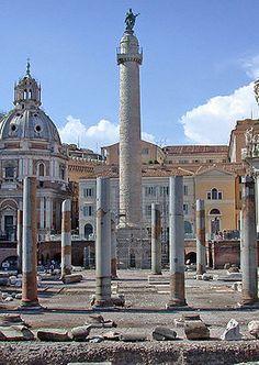 La colonne Trajane (en latin: Columna Traiani) est un monument situé à Rome, sur le Forum de Trajan, au centre d'une place rectangulaire, derrière la Basilica Ulpia, entre la Bibliothèque Ulpia et le temple de Trajan, dont l'emplacement exact est sujet à controverses.