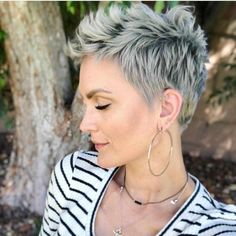 21 Best White Pixie Short Haircuts Ideas To Be Cool - Short white pixie haircut, short haircut ideas, white pixie haircut, ash white hair color, short hairstyle Short Blonde Pixie, Short Grey Hair, Short Pixie Haircuts, Pixie Hairstyles, Short Hairstyles For Women, Cool Hairstyles, Haircut Short, Buzzcut Haircut, Latest Hairstyles