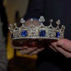 If I was a queen.. This would be my crown.. Sapphire is my Birthstone:)  The exquisite sapphire and diamond tiara belonging to Queen Victoria close up