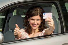 Vas conduciendo tu automóvil y te para la Guardia Civil. ¿Sabes cuál es la sanción por no llevar el carné de conducir? #SeguroDeCoche #Seguros #SeguroDeAutomovil #Segurauto #Segurnautas #Automovil