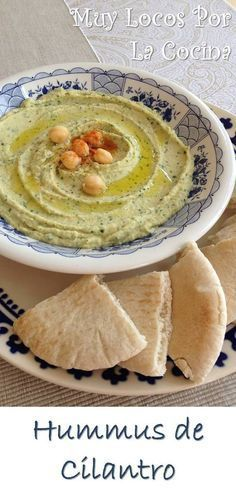 Cilantro hummus: A thick puree of cooked chickpeas, tahini and lemon, with the aromatic touch of fresh cilantro, served cold accompanied by bread. You can find the recipe at www. Side Dish Recipes, My Recipes, Real Food Recipes, Vegetarian Recipes, Yummy Food, Favorite Recipes, Aperitivos Finger Food, Cilantro Hummus, Healthy Afternoon Snacks