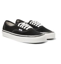 Collection of Vans men's style around the world Fly Shoes, Skate Shoes, Suede Sneakers, Vans Sneakers, Mini Skater Dress, Skater Dresses, Vans Outfit, Vans Shop, Vans Authentic