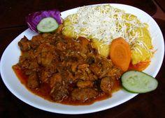 Tochitura Dobrogeana De Pui Beef, Food, Holiday Recipes, Meat, Meals, Ox, Yemek, Eten, Steaks