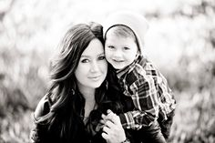 trendy Ideas for photography men poses mother son Mother Son Photography, Couple Photography Poses, Children Photography, Family Photography, Christmas Photography, Mother Son Pictures, Fall Family Pictures, Family Photos, Brother Pictures