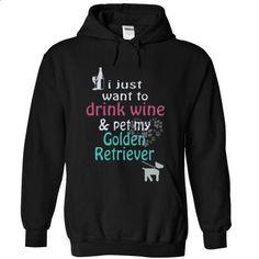 GOLDEN RETRIEVER - #cute tee #tshirt bemalen. I WANT THIS => https://www.sunfrog.com/Pets/GOLDEN-RETRIEVER-7097-Black-11266067-Hoodie.html?68278