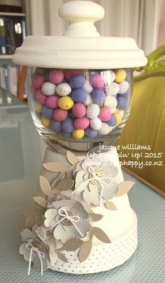 Stampin up pansy punch gumball machine - Modern Flower Pot Art, Clay Flower Pots, Flower Pot Crafts, Painted Flower Pots, Clay Pots, Tree Crafts, Clay Pot Projects, Clay Pot Crafts, Candy Bowl