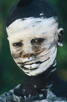 Tribal Adornment, Omo Valley, Ethiopia [Photo by Hans Silvester] -xo-