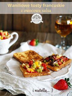 Waniliowe tosty francuskie z owocową salsą