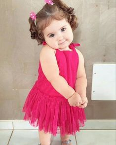 Cute Baby Girl Names, Cute Funny Babies, Cute Little Baby, Baby Love, Cute Kids, Fall Baby Pictures, Cute Baby Girl Pictures, Baby Girl Images, Bird Pictures
