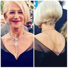#TheQueen #HelenMirren with a complex #necklace by @harrywinston only with #WhiteDiamonds in #GoldenGlobes #dress by @badgleymischka __________  La reina Helen Mirren con un #collar complejo de #HarryWinston sólo con #DiamantesBlancos en los #GlobosDeOro #vestido de #BadgleyMischka  __________  #DeJoyaEnJoya #FromJewelToJewel #fashion #style #icon #elegancia #elegance #InstaJewels #InstaGlam #lady #celebrity #RedCarpet #InstaDiamonds #InstaFashion #HighJewelry #HauteJoaillerie #BlackDress…