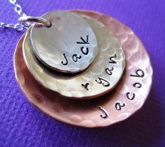 Mom jewelry - I soooo want this!!!