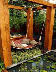 Entspanne dich in deiner riesigen Hängematte im Eigenbau.