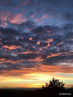 Lever de soleil sur le Pilat – nuages orangés