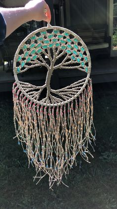 Excellent Pic Macrame Curtain videos Strategies Interested in innovative tips on how to decorate your house? Today, we are heading tell you 5 furnis Macrame Wall Hanging Diy, Macrame Curtain, Macrame Art, Weaving Projects, Macrame Projects, Boho Bedroom Diy, Mode Crochet, Deco Nature, Crafts To Make And Sell