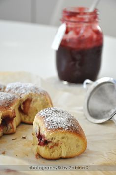 Buongiorno amici, buon venerdì a tutti!   Vi lascio velocemente la ricetta di un dolce che ho preparato per S. Valentino.   Sono rigorosame...