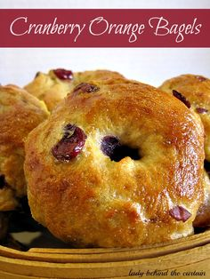 Crispy on the outside and chewing on the inside I love the texture of these Cranberry Orange Bagels. Making your own bagels is easier than you think. Paninis, Bread Recipes, Baking Recipes, Homemade Bagels, Bagel Recipe, Sweet Bread, Bread Baking, Breakfast Recipes, Brunch Recipes