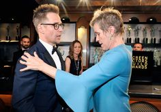 Frances McDormand Photos - Actors Sam Rockwell (L) and Frances McDormand in the trophy room at the 24th Annual Screen Actors Guild Awards at The Shrine Auditorium on January 21, 2018 in Los Angeles, California. 27522_012 - 24th Annual Screen Actors Guild Awards - Trophy Room