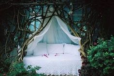 """The Pineapple Room: Camping or Glamping? ~ glamping is for *girls* but then the girl in me squeals!"""" Snow White was obviously woken here just a moment ago. Glamping, Pineapple Room, Interior And Exterior, Interior Design, Luxury Interior, Modern Interior, Dream Bedroom, Fairy Bedroom, Garden Bedroom"""