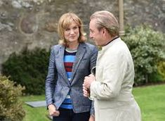Fiona Bruce, Antiques Roadshow, Tv Presenters, Bbc News, This Or That Questions, Beautiful