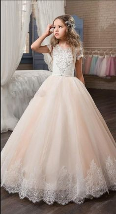 Pretty Lace Flower Girl Dresses Wedding Gowns With Sleeves Jewel Neck  Baptism Long Little Kids First Communion Pageant Party Dresses 761a0acf771d