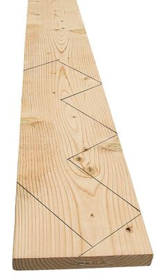 To ensure level tread cuts and plumb riser cuts on stair stringers, it's crucial to get the layout r. Building Stairs, Building A House, Stair Layout, Stairs Stringer, Stair Stringer Layout, Deck Steps, Deck Construction, Diy Deck, Staircase Design