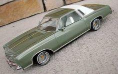 '77 Monte Carlo lowrider