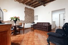 New Coronari apartment soon available for bookings on our website:  http://www.romecityapartments.com