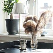 Fjäder struts - Fjäderdekoration - Inredning - Myhabitation.se Home Decor, Decoration Home, Room Decor, Interior Design, Home Interiors, Interior Decorating
