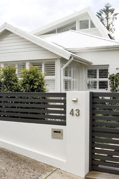 Do You Want Stunning Fence Design Ideas In Your Front Yard? If you need inspiration for the stunning front yard fence design ideas. Our team recommends some amazing designs that might be inspire you. enjoy it.
