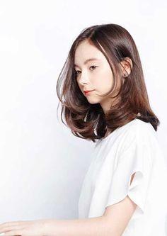 19.Medium Long Hair Style