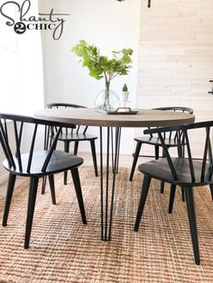 diy interieur Read on and get started. DIY Round H - Hairpin Dining Table, Diy Dining Table, Rustic Table, Round Wood Kitchen Table, Dining Decor, Farmhouse Table, Diy Kitchen, Dining Rooms, Diy Esstisch