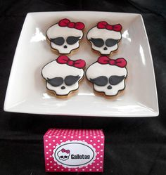 Cupcake's house: Monster High Party = lots of good ideas for this theme