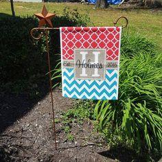 Personalized Garden Flag, Wood Look Monogrammed Outdoor Garden ...