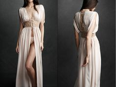 this lace and silk robe has an old hollywood glamour feel. perfect to wear during wedding hair and makeup!
